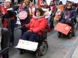 Marche mondiale des femmes ~ 17 oct. 2015 à Trois-Rivières.  Affiche blanche : Droit à l'information  Affiche rouge : Droit à la sexualité